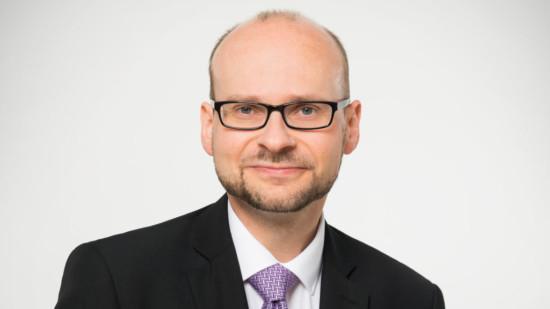 Dr. Jens Menge