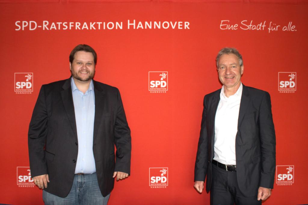 Fraktionsvorsitzender Lars Kelich und Thomas Vielhaber
