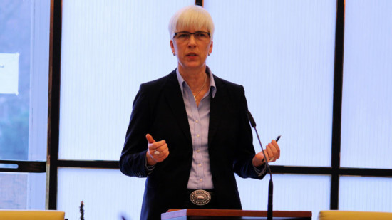 Die Vorsitzende der SPD-Ratsfraktion Hannover, Christine Kastning, bei ihrer Haushaltsrede